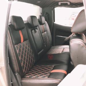 Bộ áo ghế da ô tô cao cấp bản tiêu chuẩn tuỳ chọn gối và tựa lưng màu đen phối chỉ đỏ 030