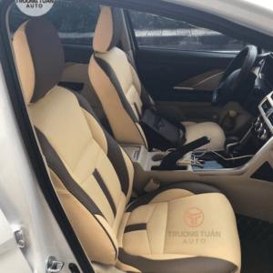 Bộ áo ghế ô tô màu kem viền chỉ đen tinh tế 031